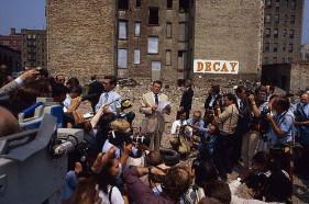 Ronald Reagan visita il Bronx