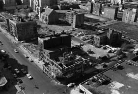 Una zona del South Bronx negli anni '70