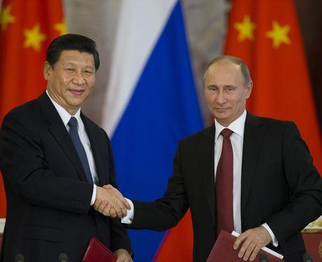 Stretta di mano tra Xi Jinping e Vladimir Putin, Mosca, 22 marzo 2013